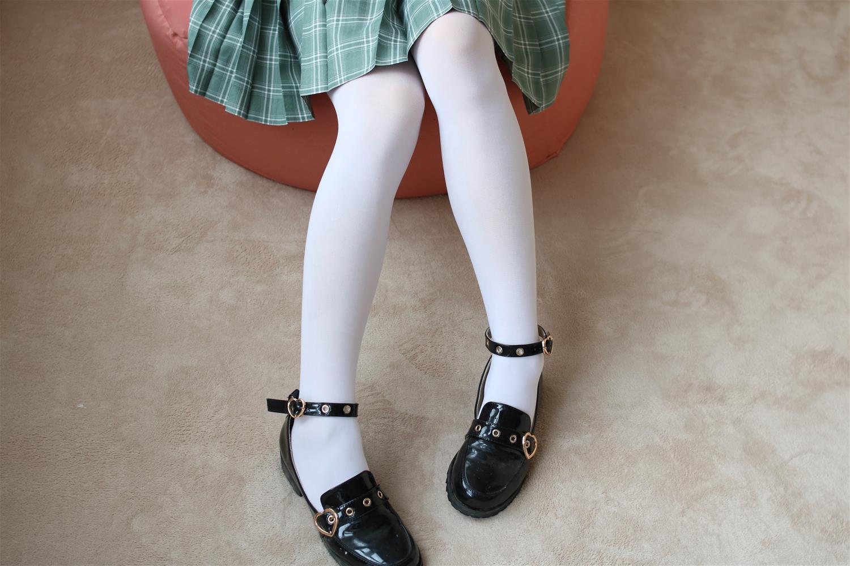 森萝财团 BETA-023 JK白丝少女的美足(225P)
