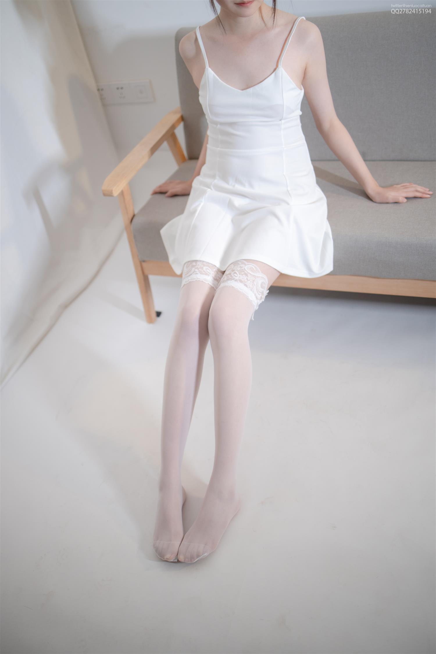 森萝财团 JKFUN-047 Aika 30D蕾丝边高筒袜(34P)