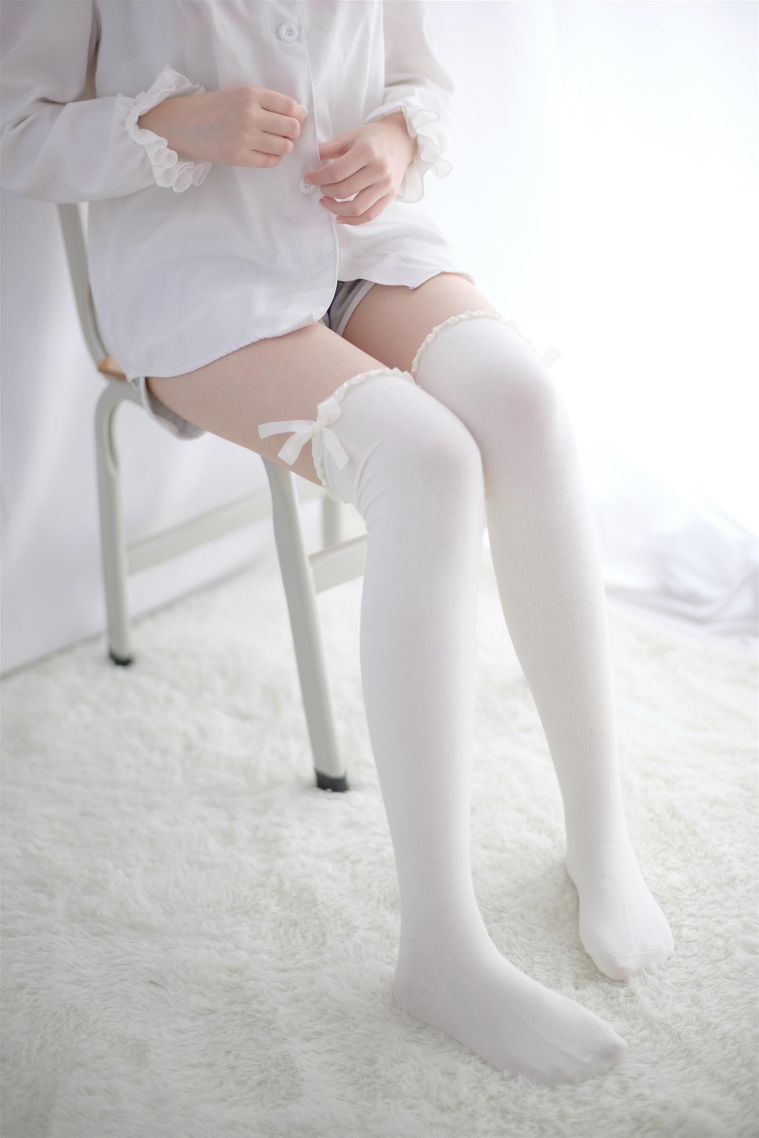 森萝财团 R15-016 萝莉蕾丝梦(95P)