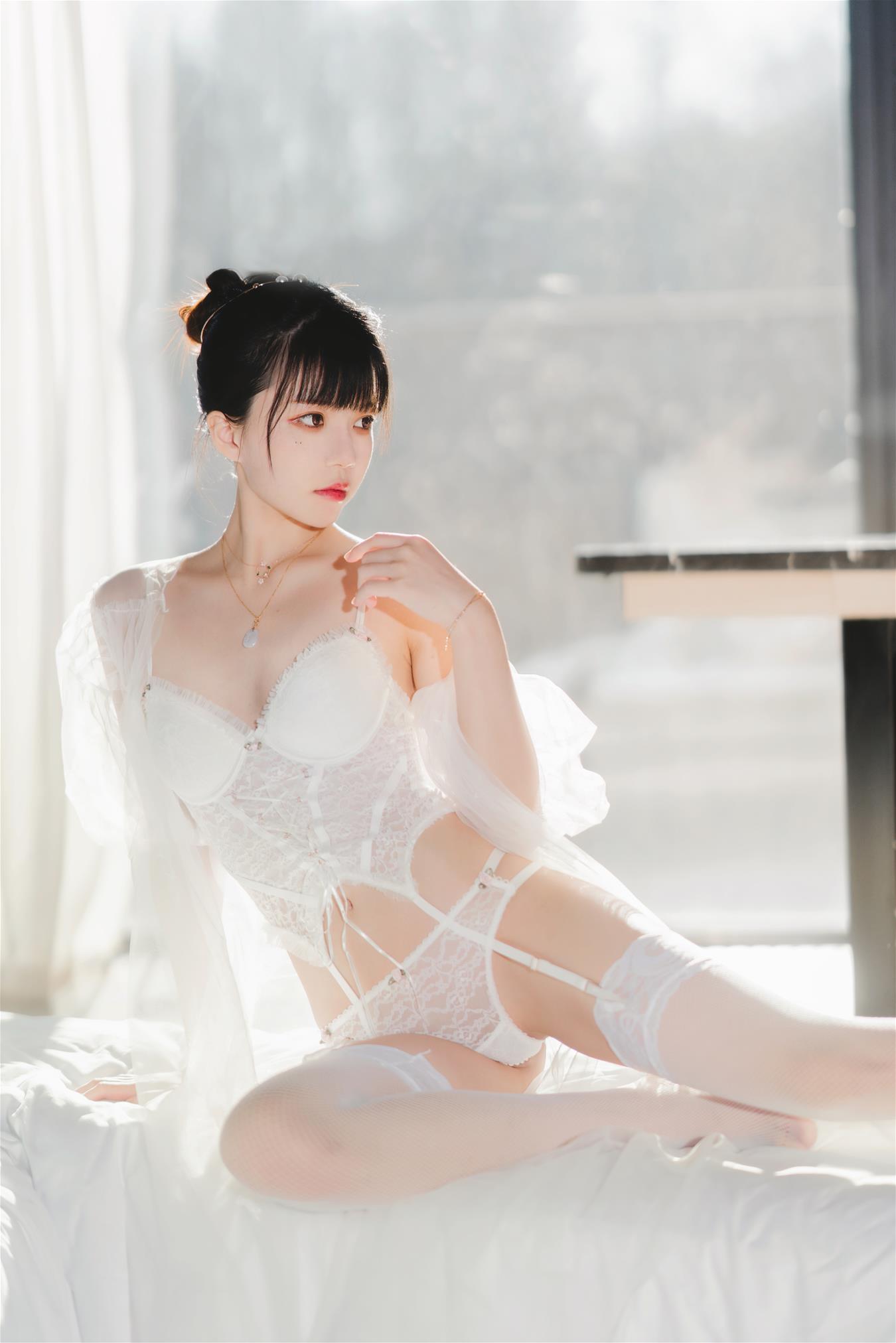 微博妹子@桜桃喵 白纱糖 [75P]