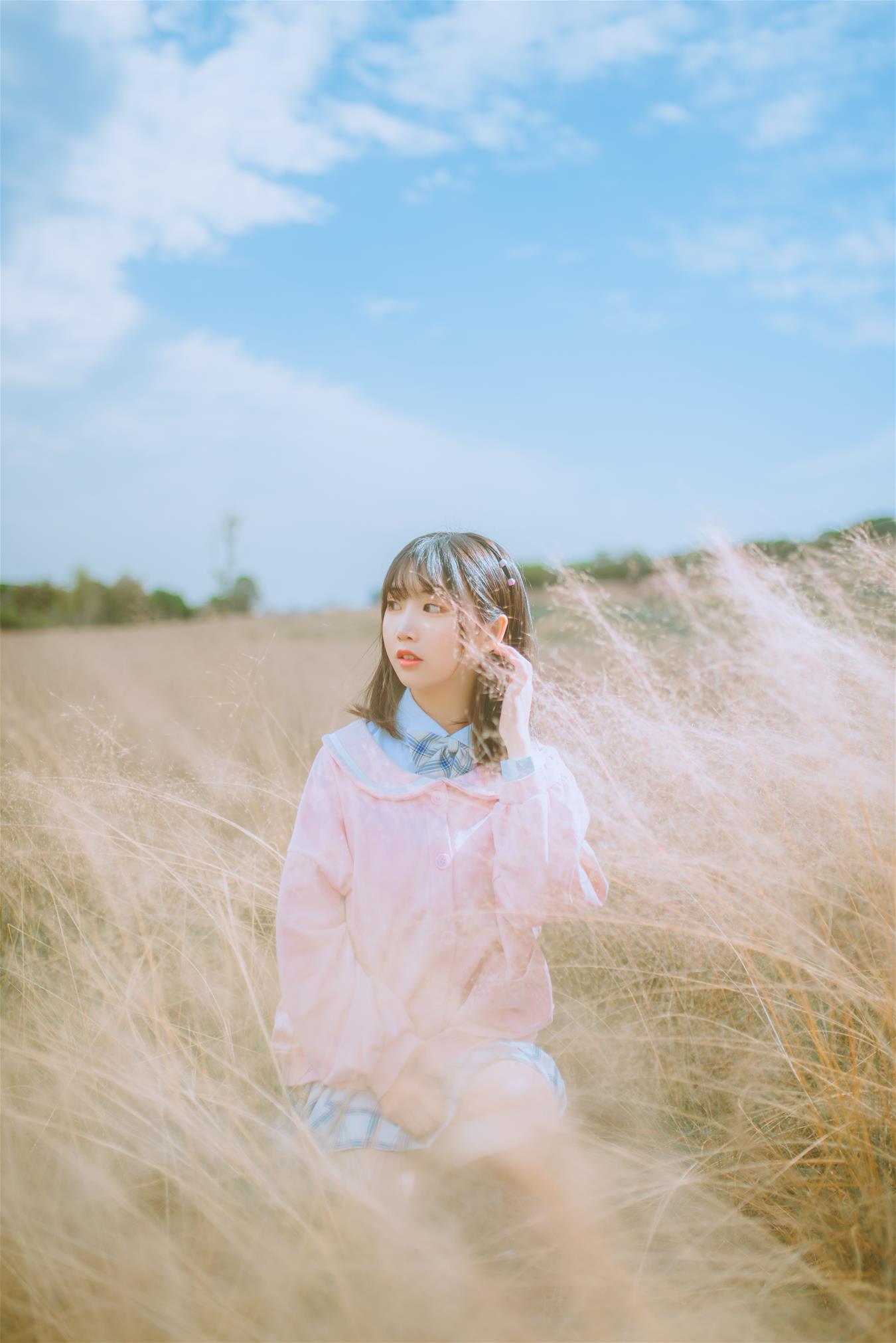 微博妹子@面饼仙儿 粉黛草JK [19P]