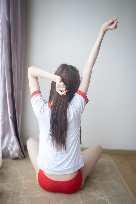 少女写真@红色体操服 [44P]