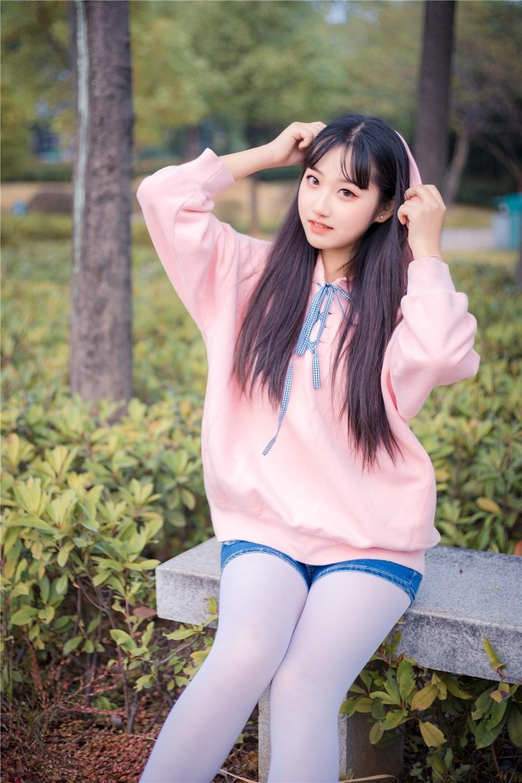 少女写真@和小姐姐去公园拍照 [40P]